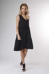 Czarna sukienka Nommo oversize