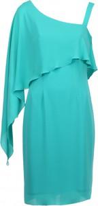 Sukienka VISSAVI z asymetrycznym dekoltem midi w stylu casual