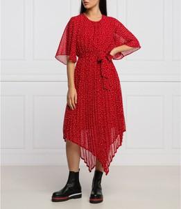 Czerwona sukienka Pepe Jeans w stylu casual z długim rękawem asymetryczna