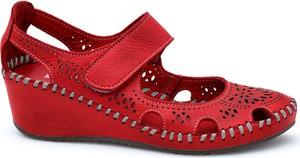 Czerwone sandały Lanqier