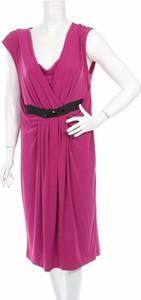 Różowa sukienka Monnari z krótkim rękawem