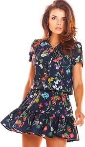 Sukienka Awama w stylu casual z dekoltem w kształcie litery v mini