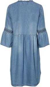 Niebieska sukienka Cream z długim rękawem oversize mini