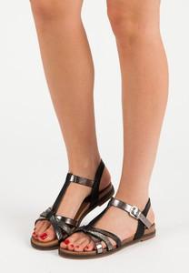 Sandały Czasnabuty na koturnie z klamrami