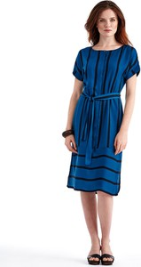 Niebieska sukienka POTIS & VERSO koszulowa z okrągłym dekoltem