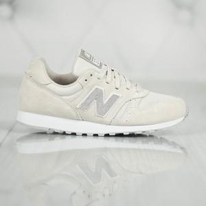 Buty sportowe New Balance sznurowane w sportowym stylu 373