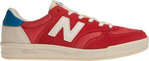 Czerwone trampki New Balance w street stylu z płaską podeszwą