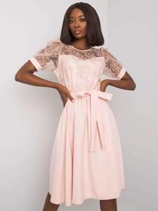Różowa sukienka Factory Price z krótkim rękawem