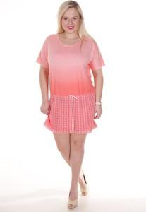 Różowa sukienka Fokus z krótkim rękawem mini z tkaniny