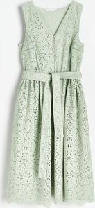 Zielona sukienka Reserved trapezowa