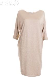 Różowa sukienka Sisel z długim rękawem w stylu casual