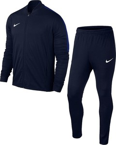 Granatowy dres Nike
