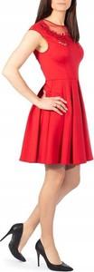 Sukienka Ted Baker z okrągłym dekoltem bez rękawów