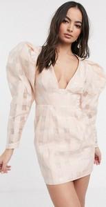 Różowa sukienka Asos Edition
