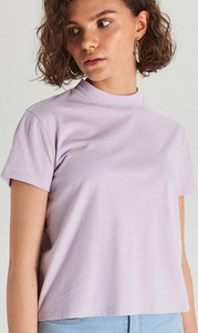 Fioletowy t-shirt Cropp w stylu casual z krótkim rękawem