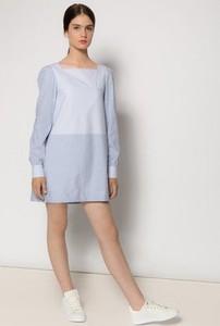 Sukienka MROVCA koszulowa z bawełny z okrągłym dekoltem