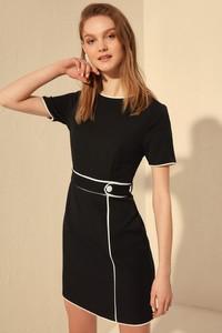 Czarna sukienka Trendyol