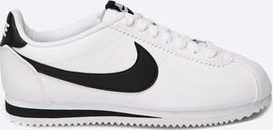 Buty sportowe Nike Sportswear ze skóry ekologicznej z płaską podeszwą sznurowane