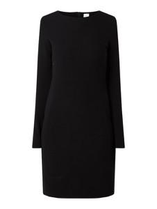 Czarna sukienka Boss z okrągłym dekoltem prosta mini