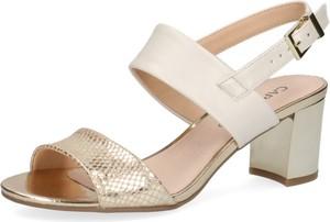 Sandały Caprice z klamrami