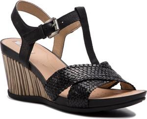Sandały damskie Geox na średnim obcasie czarne na koturnie