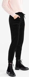 Czarne spodnie sportowe YESSICA w stylu casual