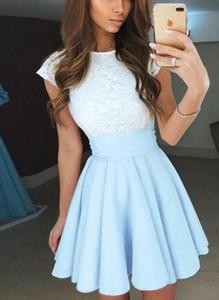 Niebieska sukienka Cikelly z okrągłym dekoltem mini