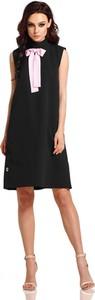 Czarna sukienka Lemoniade trapezowa