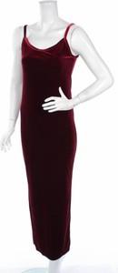 Sukienka Lu Lu Fl`h prosta z dekoltem w kształcie litery v na ramiączkach