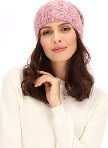 Różowa czapka POTIS & VERSO