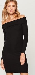 Czarna sukienka Mohito hiszpanka