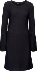 Czarna sukienka bonprix BODYFLIRT trapezowa w stylu casual