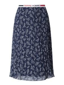Granatowa spódnica Tommy Jeans z nadrukiem w stylu casual z szyfonu