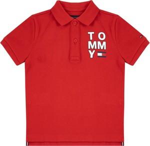 Czerwona koszulka dziecięca Tommy Hilfiger z krótkim rękawem