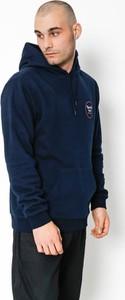 Niebieska bluza Brixton w młodzieżowym stylu