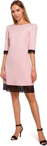 Różowa sukienka MOE z okrągłym dekoltem