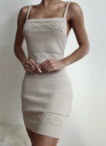 Sukienka Cikelly z okrągłym dekoltem w stylu boho mini