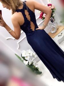 Niebieska sukienka Pretty Women maxi bez rękawów