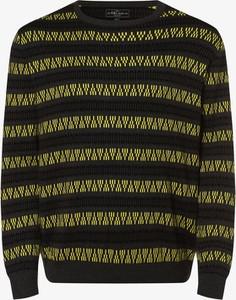 Sweter Urbn Saint w młodzieżowym stylu