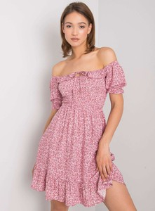 Różowa sukienka Promese z krótkim rękawem mini hiszpanka
