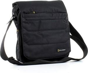 Czarna torebka National Geographic duża w stylu casual na ramię