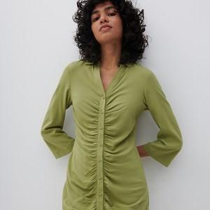 Zielona sukienka Reserved w stylu casual mini koszulowa