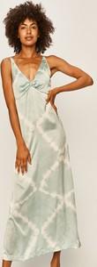 Sukienka Pepe Jeans z dekoltem w kształcie litery v na ramiączkach z tkaniny