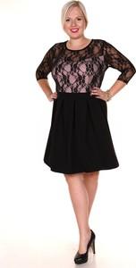 Sukienka Fokus w stylu vintage z długim rękawem rozkloszowana