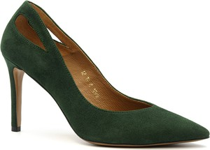 Zielone szpilki Neścior w stylu klasycznym z zamszu ze spiczastym noskiem