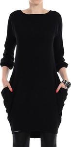 Czarna sukienka Yuliya Babich z długim rękawem w stylu casual