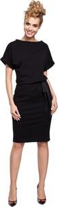 Sukienka MOE z dresówki ołówkowa z krótkim rękawem