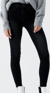 Jeansy Cropp w stylu casual