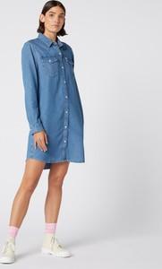 Sukienka Wrangler w stylu casual koszulowa