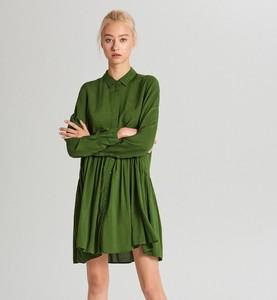 Sukienka Cropp mini z długim rękawem z kołnierzykiem